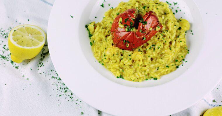 Arroz con marisco y curry amarillo