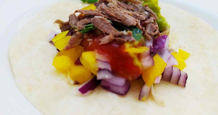 Tacos de carne asada con vinagreta andaluza